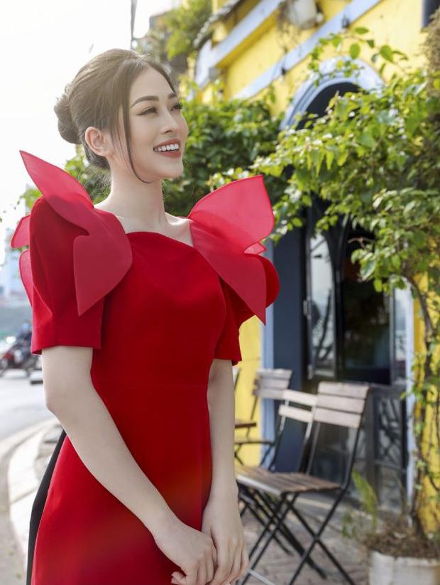 Ninh Dương Lan Ngọc, Khánh Linh và loạt mỹ nhân Vbiz đụng chung 1 kiểu áo dài, ai diện đẹp nhất? - Ảnh 3.