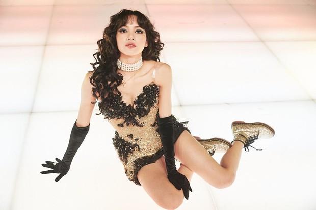 5 kênh YouTube cá nhân nhiều lượt đăng ký nhất của idol Kpop: Lisa soán ngôi IU, tốc độ hút fan của Jennie gây choáng - Ảnh 8.