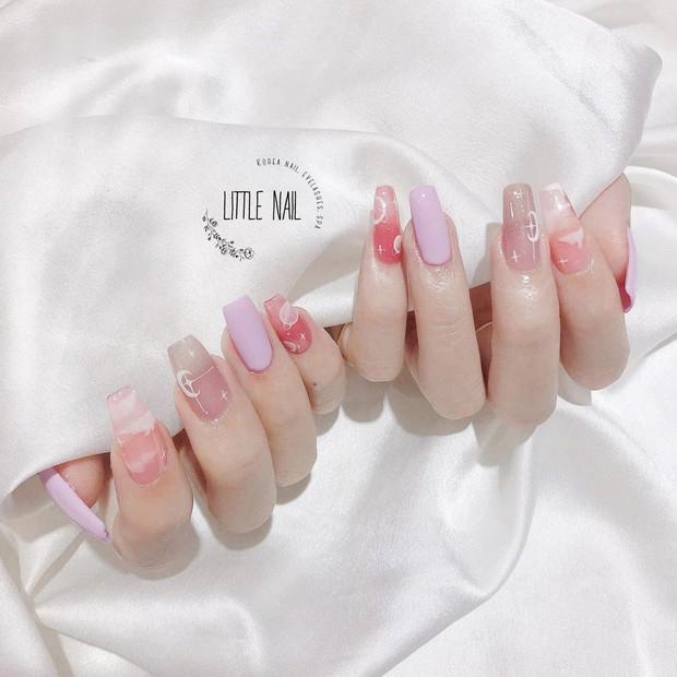 Sau Tết muốn tậu bộ nail đơn giản, xinh yêu thì bạn hãy tia 8 mẫu hot nhất tại các tiệm lúc này - Ảnh 13.