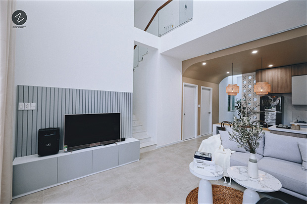 Ngôi nhà không cầu kỳ nhưng vẫn cực mê đắm với những đường cong tinh tế, trắng sáng nổi bật cả góc phố - Ảnh 3.