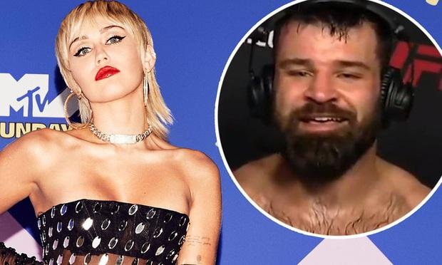 Võ sĩ bặm trợn cập nhật chuyện tình cảm với Miley Cyrus sau màn hồi đáp cực toang: Một vé friendzone đã chờ sẵn? - Ảnh 1.