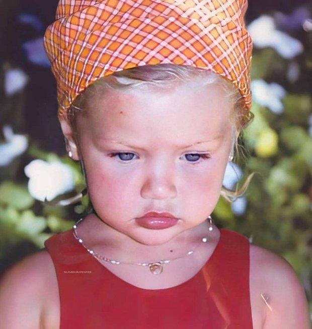 Ảnh hồi bé của Gigi Hadid gây bão: Tóc vàng mắt xanh xinh như búp bê, nhìn là đoán ngay visual cực phẩm của con gái mới sinh - Ảnh 7.