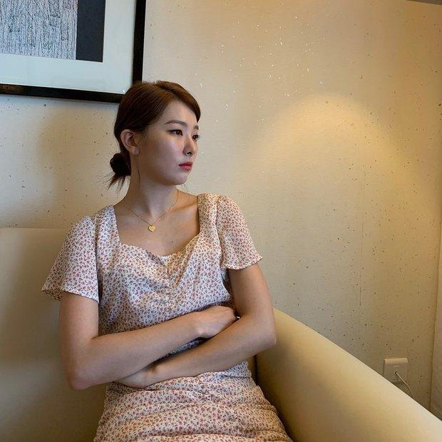 4 kiểu tóc buộc ẩu mà xinh xỉu của Seulgi: Hợp với mọi dáng mặt, giúp nhan sắc lên hương mỗi ngày - Ảnh 4.