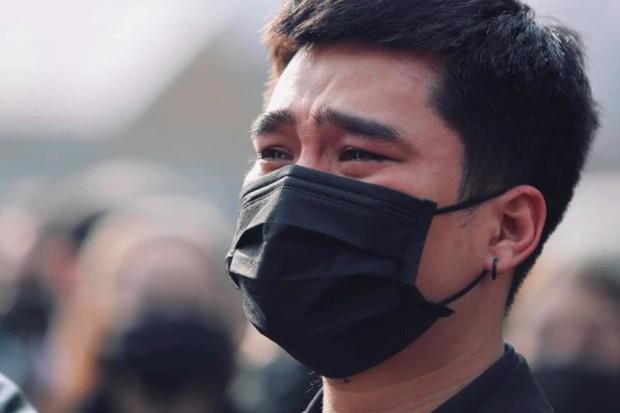 Tang lễ cố NSND Hoàng Dũng: NS Xuân Bắc - Huỳnh Anh cùng dàn nghệ sĩ đến tiễn biệt, linh cữu được đưa đi an táng - Ảnh 18.