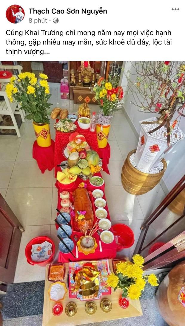 Dàn sao Vbiz rộn ràng ngày vía Thần Tài: Ngọc Trinh tậu vàng thẻ lia lịa, Đông Nhi - Noo mở tiệc khai trương hoành tráng - Ảnh 13.