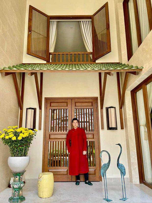 Quang Dũng sở hữu biệt thự 400m2 đẹp và sang như resort, nhà mới mua cũng có gu không kém - Ảnh 1.