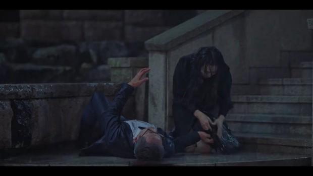 Penthouse 2 mới mở màn, ác nữ Seo Jin đã nhọ không lối thoát: Hết chồng trên phim đến chồng real thi nhau quật chị tơi tả! - Ảnh 16.