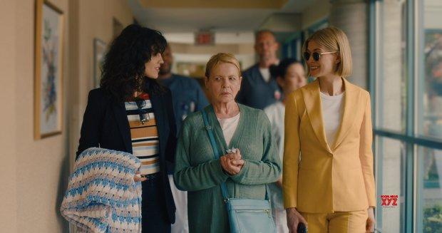 I Care A Lot: Siêu phẩm nối bước Gone Girl, cua gấp khét lẹt như Penthouse với mỹ nhân lừa đảo - Ảnh 4.