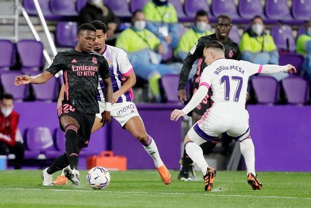 Người hùng ghi bàn duy nhất giúp Real Madrid vất vả thắng đội áp chót, thu hẹp khoảng cách với Atletico trong cuộc đua vô địch - Ảnh 1.