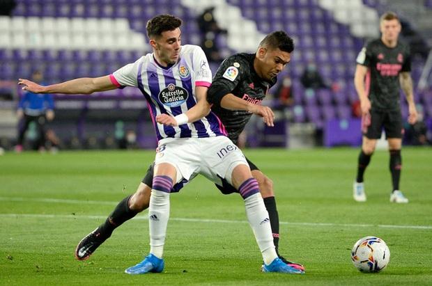 Người hùng ghi bàn duy nhất giúp Real Madrid vất vả thắng đội áp chót, thu hẹp khoảng cách với Atletico trong cuộc đua vô địch - Ảnh 2.