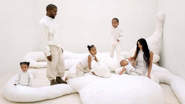 Gia tài tỷ đô của Kim - Kanye: Bất động sản khắp nước Mỹ, 2 đế chế thời trang rung chuyển thế giới, chia kiểu gì hậu ly hôn? - Ảnh 6.
