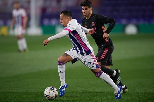 Người hùng ghi bàn duy nhất giúp Real Madrid vất vả thắng đội áp chót, thu hẹp khoảng cách với Atletico trong cuộc đua vô địch - Ảnh 7.