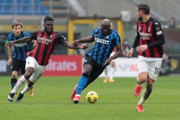 Song sát Lu - La chói sáng, Inter Milan quật ngã AC trong trận cầu 6 điểm tranh chức vô địch - Ảnh 7.