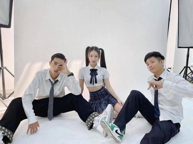 Tình Bạn Diệu Kỳ đang hot hòn họt khắp MXH, AMEE - Ricky Star - Lăng LD công bố sẽ có MV phiên bản đặc biệt ngay và luôn! - Ảnh 3.