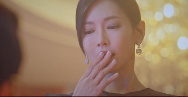 Penthouse 2 mới mở màn, ác nữ Seo Jin đã nhọ không lối thoát: Hết chồng trên phim đến chồng real thi nhau quật chị tơi tả! - Ảnh 4.