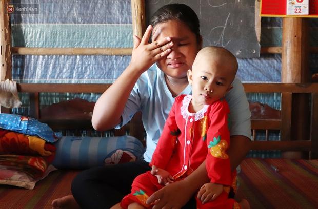 Chồng mất, con gái 3 tuổi mắc ung thư, người phụ nữ ngã quỵ khi chạy khắp xóm không mượn đủ 1 triệu đưa con nhập viện - Ảnh 7.