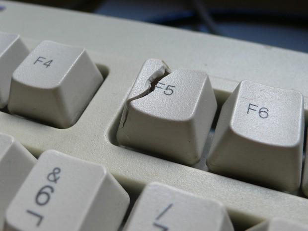 Nhấn F5 (Refresh) trên máy tính Windows có làm nó chạy nhanh hơn, hay đây chỉ là một cú lừa? - Ảnh 1.