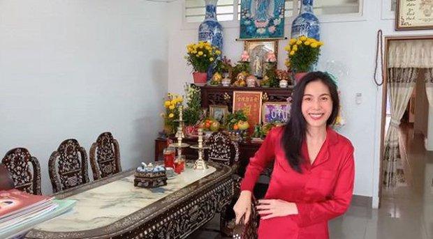 Sao Việt xây nhà báo hiếu bố mẹ: Biệt thự nhà Quốc Trường 25 tỷ, Thuỷ Tiên mua nhà cho mẹ khi còn ở thuê - Ảnh 12.