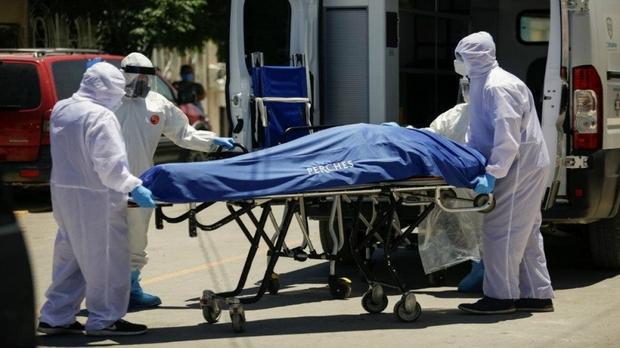 Tiến sĩ Fauci: Gần 500.000 người Mỹ chết vì Covid-19 là dấu mốc kinh khủng - Ảnh 1.