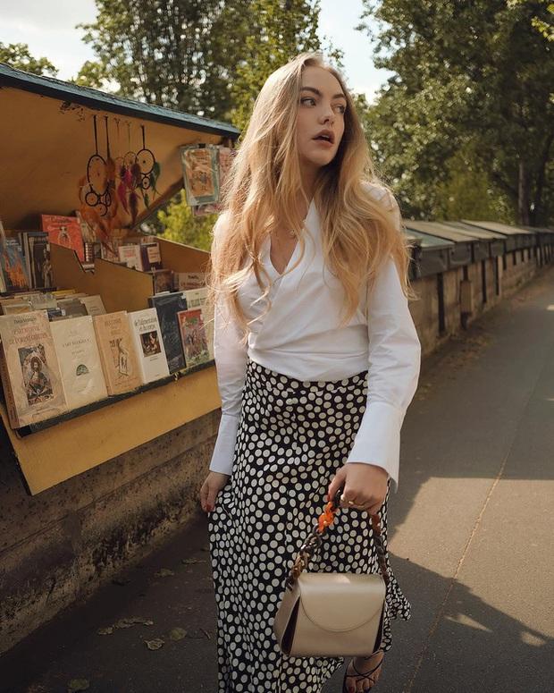 Chỉ bằng cách học 10 công thức diện chân váy chuẩn sang xịn của gái Pháp, style của bạn sẽ lên một tầm cao mới - Ảnh 1.