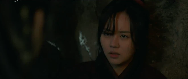 Ji Soo chính thức crush Kim So Hyun ở Sông Đón Trăng Lên, nàng mưa lấy lại ký ức nhưng sao đau lòng thế này? - Ảnh 4.