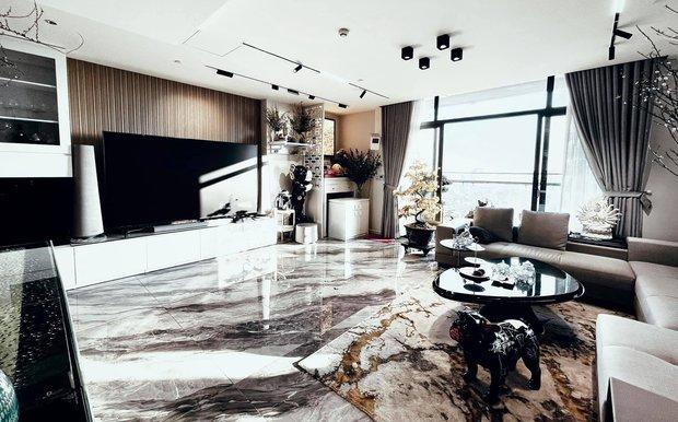 Vợ chồng trẻ đổi nhà đến lần thứ 5, căn hộ mới nhất trị giá 4 tỷ, nhìn view hồ Tây là biết vị trí cực đắc địa - Ảnh 1.