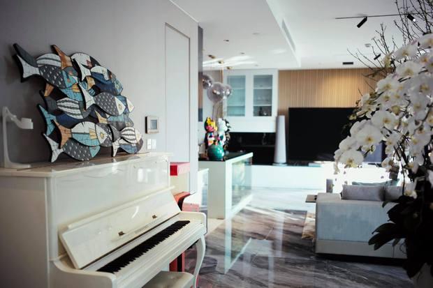 Vợ chồng trẻ đổi nhà đến lần thứ 5, căn hộ mới nhất trị giá 4 tỷ, nhìn view hồ Tây là biết vị trí cực đắc địa - Ảnh 7.