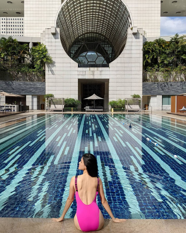 Đại chiến bikini đầu năm của dàn mỹ nhân Việt: Ngọc Trinh kín đáo lạ thường, Chi Pu táo bạo lộ cả chân ngực - Ảnh 8.