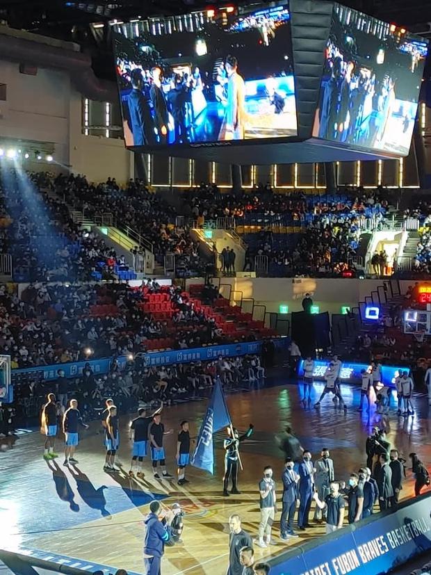 LMHT: Tốc Chiến đang phô trương danh tiếng bằng việc quảng bá tại giải bóng rổ tầm cỡ ở Đài Loan - Ảnh 5.