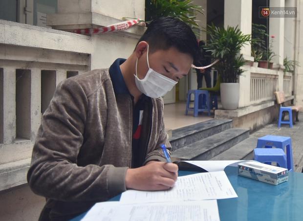 Ảnh, clip: Trước ngày nhập ngũ, Hà Nội xét nghiệm SARS-CoV-2 cho hơn 4500 tân binh - Ảnh 15.