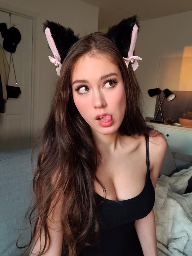 Livestream với quá nhiều cảnh nóng, nữ streamer sexy phải nhận 3 án phạt liên tiếp chỉ trong 1 tháng - Ảnh 7.