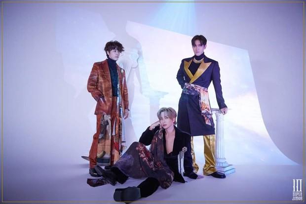 Hậu bị phạt 444 tỷ, SM vội vàng cho loạt nhóm comeback, có nhóm còn tung hẳn 13 phiên bản album khiến fan bàng hoàng - Ảnh 5.