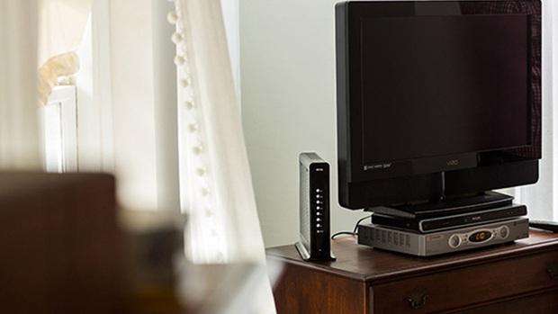 Đừng đặt router Wi-Fi ở 3 vị trí này trong nhà, nếu không tốc độ 100Mbps cũng hóa rùa bò - Ảnh 1.