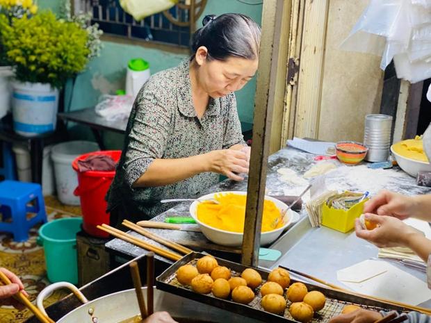 """Quán bánh tiêu """"chảnh"""" nhất Việt Nam: Vừa dọn ra đã treo biển hết hàng, khách đồn mua được là do… nhân phẩm - Ảnh 3."""