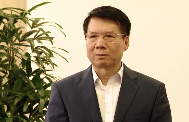Cận cảnh lô vaccine Covid-19 đầu tiên về Việt Nam được bảo quản trong kho siêu lạnh - Ảnh 7.