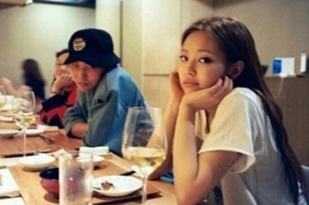 Điểm chung bất ngờ trong học vấn của G-Dragon (BIGBANG) vs Jennie (BLACKPINK) - Ảnh 2.