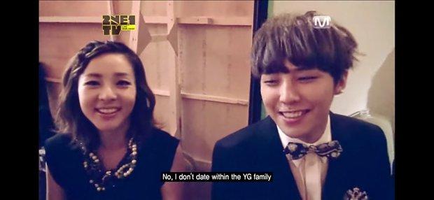"""G-Dragon bất chấp lệnh cấm tuyệt đối của YG, tự """"dập"""" lại lời của chính mình khi hẹn hò Jennie (BLACKPINK)? - Ảnh 2."""