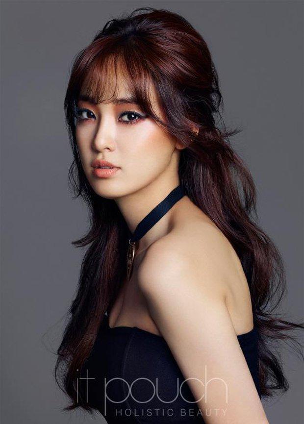 Nhan sắc dàn bạn gái quá hot của G-Dragon: Jennie át cả minh tinh Joo Yeon về độ sexy, 2 nàng thơ Nhật Bản khuynh đảo châu Á - Ảnh 30.