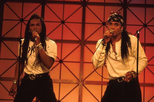 Nhóm nhạc đình đám sở hữu triệu fan được Billboard vinh danh, Grammy trao giải nhưng cuối cùng phát hiện quả đắng không ngờ - Ảnh 2.