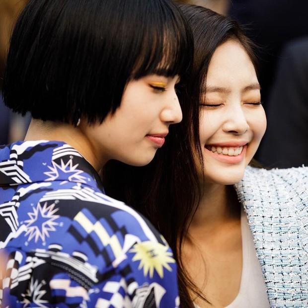 Nhan sắc dàn bạn gái quá hot của G-Dragon: Jennie át cả minh tinh Joo Yeon về độ sexy, 2 nàng thơ Nhật Bản khuynh đảo châu Á - Ảnh 48.