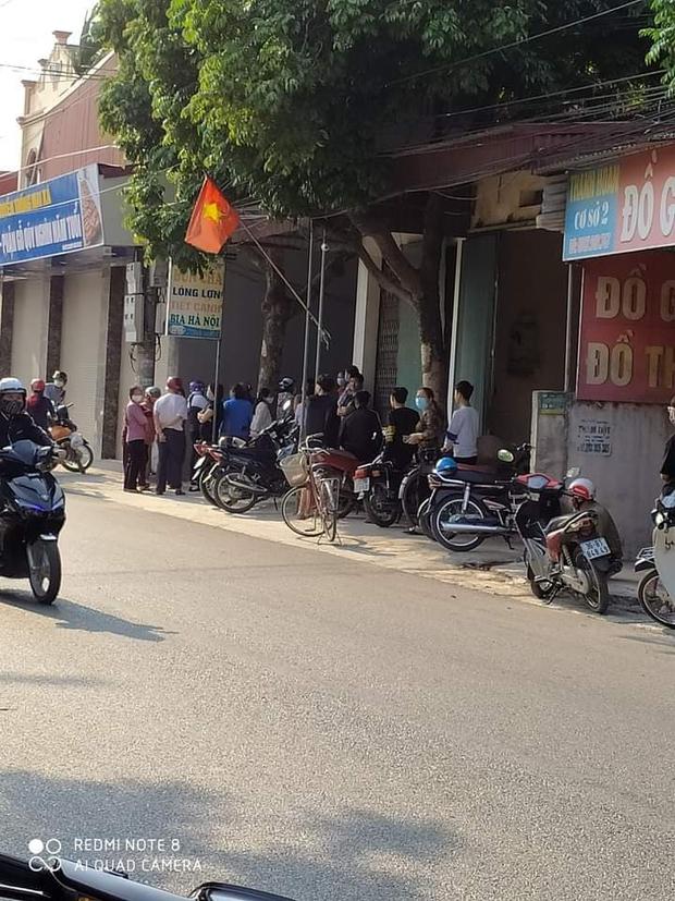 Nóng: Nữ sinh lớp 10 tử vong bất thường ở Hà Nam, công an bác tin nạn nhân chết trong tình trạng loã thể - Ảnh 1.