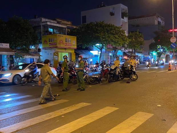 Vụ kẻ cướp bỏ lại đồng bọn tử vong ở TP.HCM: Người đi đường bị tông trúng không qua khỏi vì vết thương quá nặng - Ảnh 1.