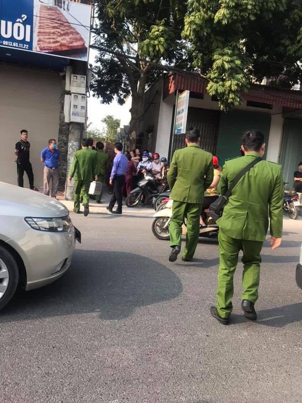 Nữ sinh lớp 10 tử vong bất thường ở Hà Nam: Nghi phạm khai bóp cổ bạn gái tại nhà - Ảnh 1.