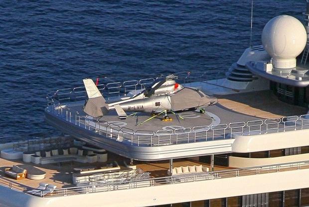 Choáng với hình ảnh đầu tiên về chiếc du thuyền 13,6 nghìn tỷ của ông chủ giàu có bậc nhất làng bóng đá - Ảnh 3.