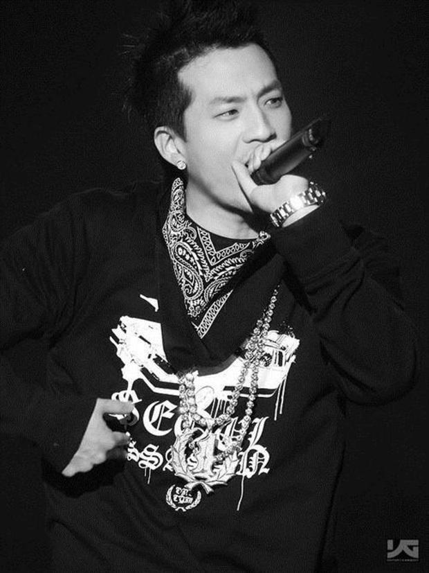 Jennie sát trai nhất thế hệ idol mới: 3 năm 3 chàng, list bạn trai gây choáng vì hết CEO đến ông hoàng Kpop quyền lực - Ảnh 4.