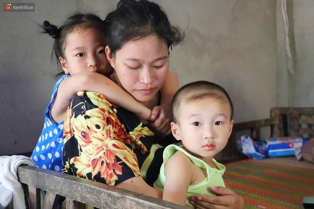 Chồng bỏ, người mẹ trẻ ôm 2 con khờ cầu cứu: Em chỉ ước con mình được chữa bệnh - Ảnh 14.