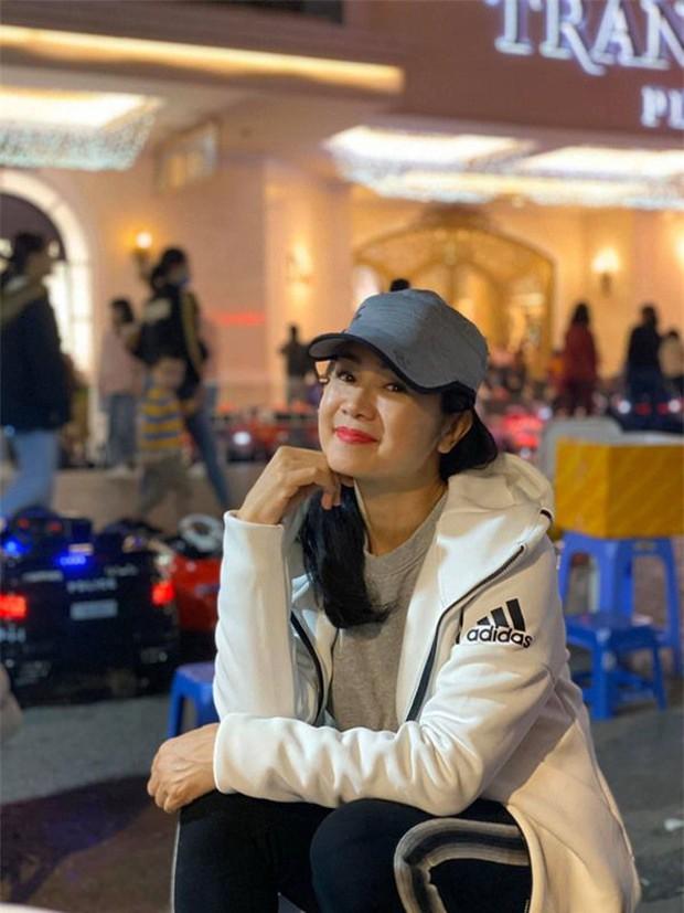 NSND Thu Hà (Hướng Dương Ngược Nắng): Từng là mỹ nhân màn ảnh đình đám cùng Diễm Hương, Việt Trinh, 52 tuổi vẫn trẻ trung bất ngờ - Ảnh 16.