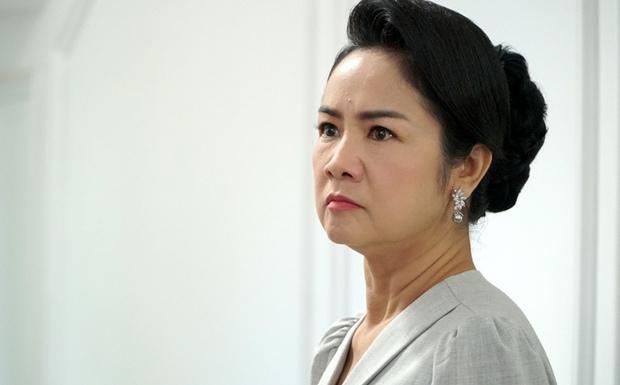 NSND Thu Hà (Hướng Dương Ngược Nắng): Từng là mỹ nhân màn ảnh đình đám cùng Diễm Hương, Việt Trinh, 52 tuổi vẫn trẻ trung bất ngờ - Ảnh 12.