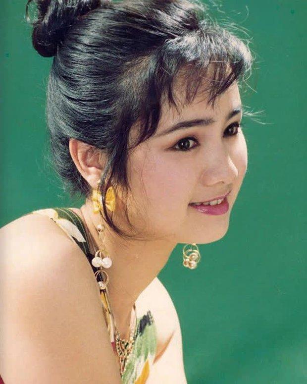 NSND Thu Hà (Hướng Dương Ngược Nắng): Từng là mỹ nhân màn ảnh đình đám cùng Diễm Hương, Việt Trinh, 52 tuổi vẫn trẻ trung bất ngờ - Ảnh 8.