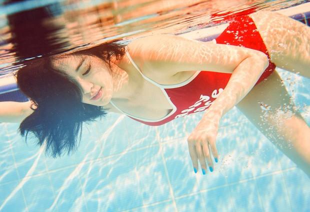 Nhan sắc dàn bạn gái quá hot của G-Dragon: Jennie át cả minh tinh Joo Yeon về độ sexy, 2 nàng thơ Nhật Bản khuynh đảo châu Á - Ảnh 32.